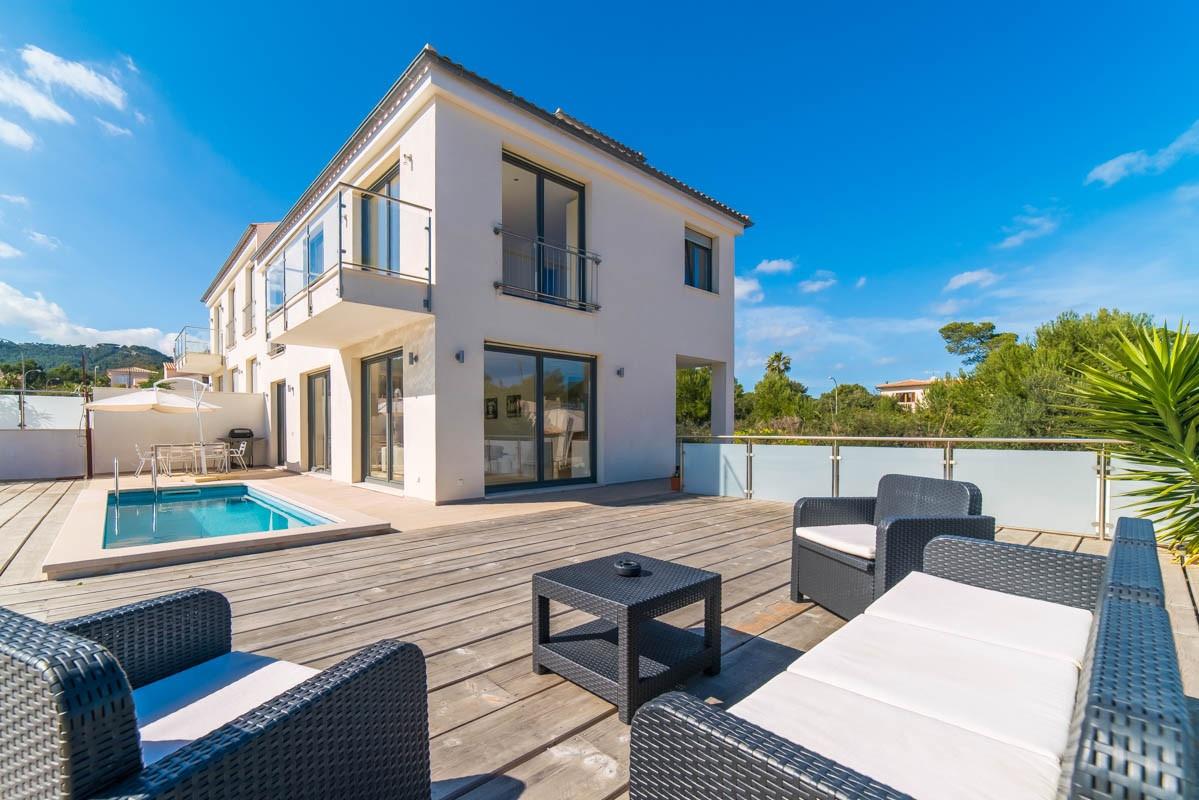 Dieter Bohlen Haus dieter bohlen haus modern and stylish villa in santa villa in