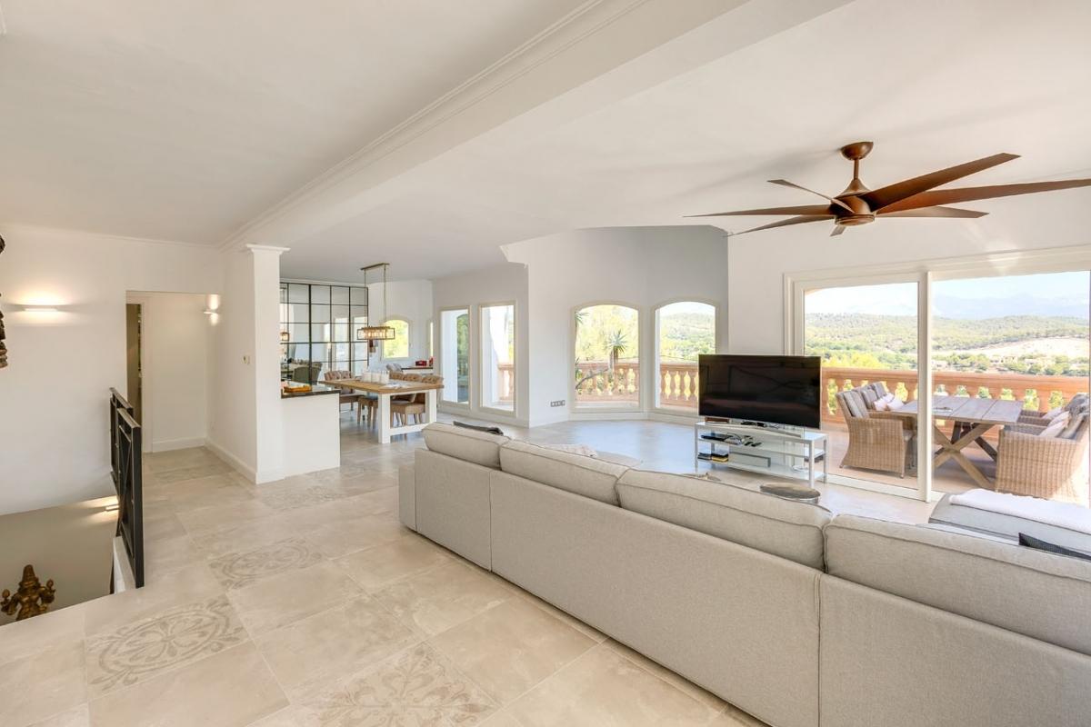 Renovated Villa With Unobstructed Views In A Quiet Location In Costa De La  Calma Purchase