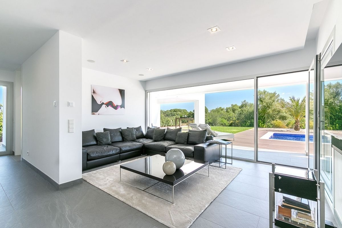 Modern Villa In A Cul De Sac Only Few Minutes From The Es Trenc Beach Purchase