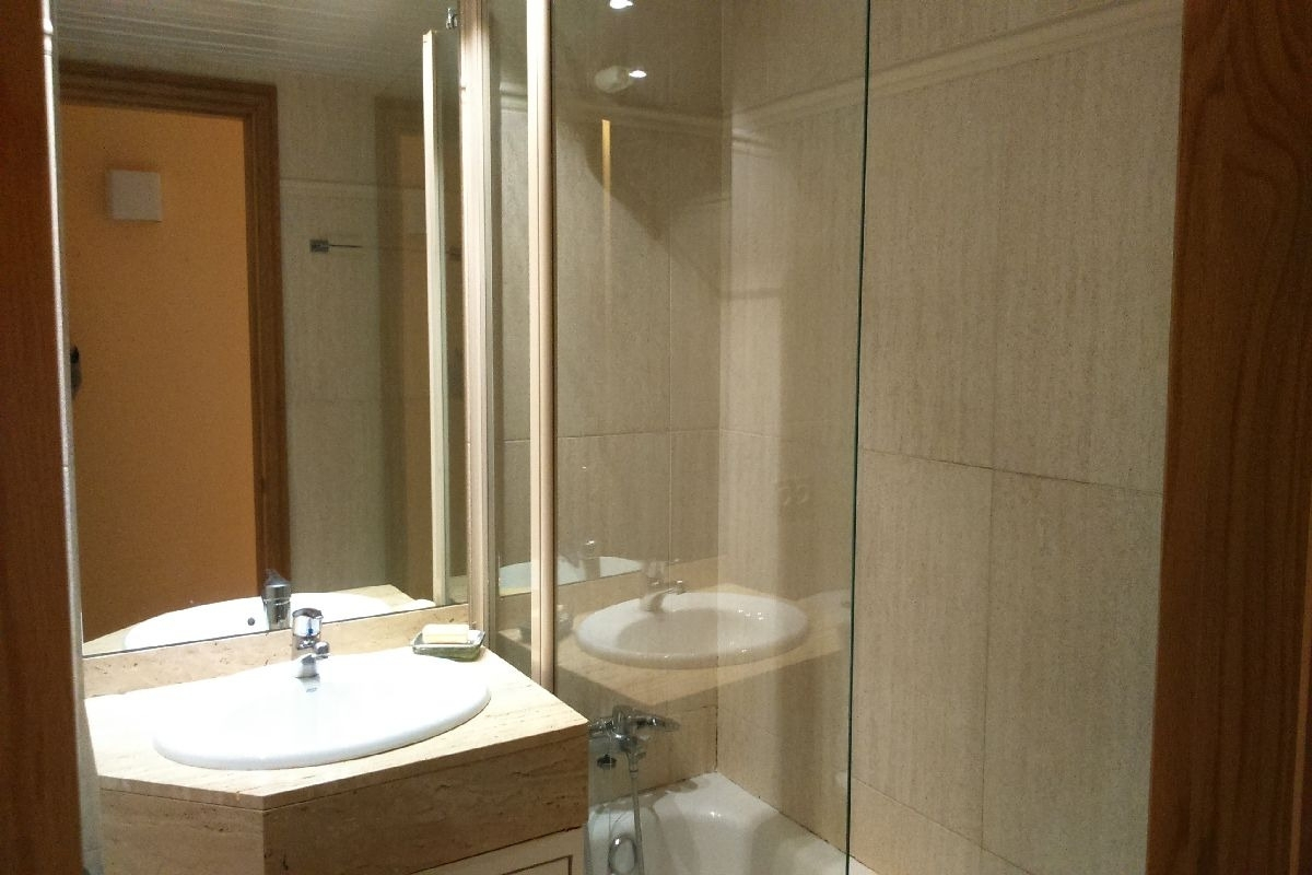 Lovely, Unfurnished Top Floor Apartment In Bonanova With Communal Pool And  2 Parking Spaces For Rent