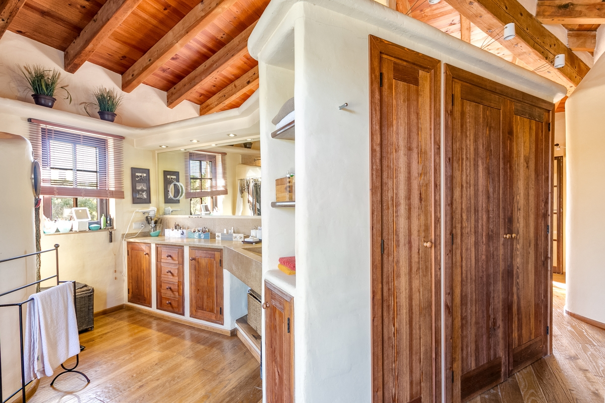 Country house in Pollensa-purchase
